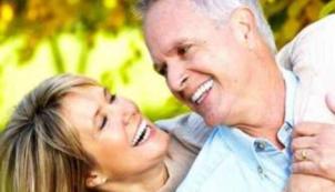 Yaşça büyük kişilerin ağız sağlığı