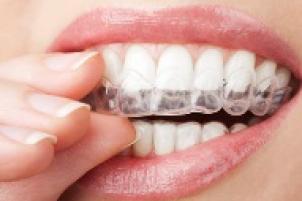 Dişlerinizin donukluğu yüzünden artık gülmeye cesaret edemiyor musunuz? İçiniz r